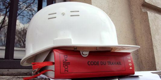 Travail détaché: Le président Macron poursuit sa quête